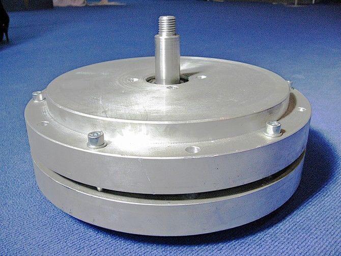 Тихоходный генератор на постоянных магнитах своими руками